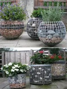 Garden Yard Ideas, Garden Crafts, Garden Planters, Balcony Garden, Rock Planters, Outdoor Balcony, Diy Garden Projects, Outdoor Projects, Herb Garden