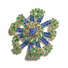 The art of the sea was the inspiration behind the 2015 Tiffany Blue Book collection, which features this striking brooch.