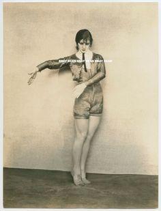HELEN TAMIRIS MODERN DANCER VINTAGE PORTRAIT PHOTO BY SOICHI SUNAMI
