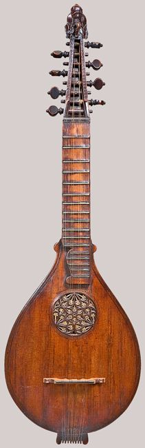 NMM 13500.  Cittern, possibly by Petrus Rautta, England, after 1579.