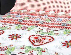 COLECCIÓN SWEET HEART DE CATALINA ESTRADA Cata, Quilts, Blanket, Bed, Frames, Stream Bed, Quilt Sets, Blankets, Log Cabin Quilts