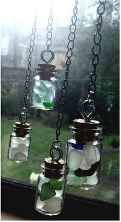Beach glass-suncatcher-diy - must do this ;) I have tons of beach glass Sea Glass Crafts, Sea Glass Art, Sea Glass Jewelry, Sea Glass Display, Stained Glass, Beach Crafts, Diy Crafts, Seashell Crafts, Driftwood Projects