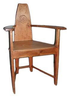A chair by Samuli Paulaharju - The Northern Ostrobothnia Museum - Oulu, Finland - - - Samuli Paulaharjun valmistama tuoli -  Jugend n. 1890–1915 - Pohjois-Pohjanmaan museo - Oulun kaupunki
