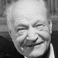 Giuseppe Ungaretti est un poète italien, né le 8 février 1888 à Alexandrie (Égypte), mort le 2 juin 1970 à Milan. --- Afficher l'image d'origine