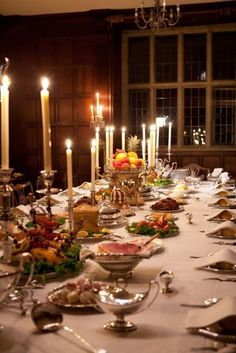 Regency dinner table.