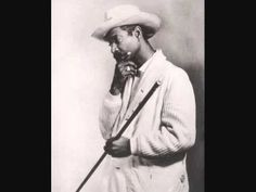 Benny More - Bonito y Sabroso (HQ Audio) - YouTube