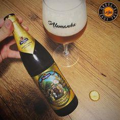 Ein Prosit!  ___ Vamos de Oktoberfest nesse mês maravilhoso!  ___ #confraria27 #biere #cerveza #cerveja #beer #bier #cervejapabeer #revistabeerart #bebomelhor #bebalocal #vidacomcerveja #tcherveja #brejatorium #planetacervejeiro #craftbeer #beerporn #beergasm #instabeer #deutchland #oktoberfest #marzen