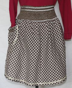 Vintage Kitchen Half Apron Brown and White by ilovevintagestuff