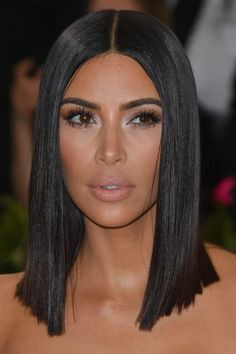 80 Sexy Long Bob Hairstyles You Should Try - Lob Ideas for Long Bob Long bob hairstyle or lob is so popular since ancient Egypt. It is easy to care for, it suits girls of different types and easily cleans up i., The Lob Bob Medium Hair Cuts, Short Hair Cuts, Medium Hair Styles, Kim Kardashian Long Hair, Kim Kardashian Haircut, Kim Kardashian Ponytail, Kim Kardashian Hairstyles, Kim Kardashian Before, Shoulder Length Hair