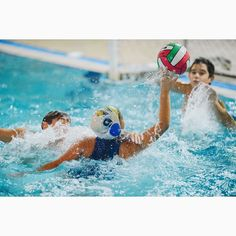 #gkandilakis #giannis_kandilakis #sports #sport #sportphotography #color #waterpolo #water #pool #blue #rethymno #greece #water #waterpololife #sportsphotography #sportsphoto