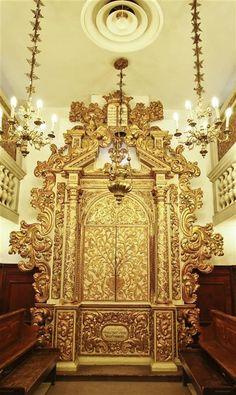 Torah Ark, 1701, Conegliano-Veneto, Italy. U. Nahon Museum of Italian Jewish Art, Jerusalem.