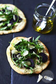 Eine neue Liebe genannt Vitelotte - lila Kartoffel-Rucola-Pizza