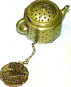 Mini-Teapot from 1933 Century of Progress World's Fair Souvenir by Knobby Kraft w/Tag