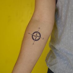 """""""He who loves practice without theory is like the sailor who boards ship without a rudder and compass and never knows where he may cast. Tatto Love, Love Tattoos, Tattoos For Guys, Inkbox Tattoo, Real Tattoo, Two Week Tattoo, Compass Rose Tattoo, Semi Permanent Tattoo, Matching Tattoos"""