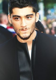Zayn Malik One Direction Grupo One Direction, Malik One Direction, Zayn Malik, Hottest Male Celebrities, Celebs, I Love Him, My Love, Bae, 1d And 5sos