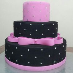 15 anos, preto e pink