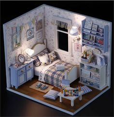 houten poppenhuis miniaturen 1:12 meubilair kit voor verkoop pop huis met lightin instellen door DollhouseBuildingKit op Etsy https://www.etsy.com/nl/listing/473699759/houten-poppenhuis-miniaturen-112