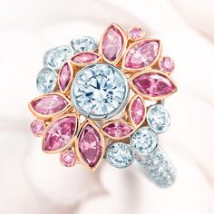 Ring in platinum and 18k rose gold with pink and white diamonds. Tiffany.
