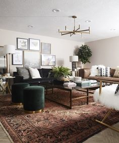 Get inspired by Modern Living Room Design photo by Room Ideas. Wayfair lets you find the designer products in the photo and get ideas from thousands of other Modern Living Room Design photos. Home Interior, Interior Design Living Room, Living Room Designs, Modern Interior, Boho Living Room, Living Room With Color, Bohemian Living, Cozy Living, Living Room Furniture