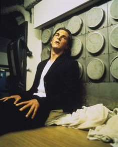 Christian Bale... Again, with the fingers...