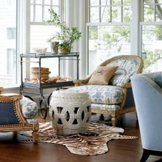 A must see product list of a few of our favorite garden stool designs, perfect for spring decorating! {img via new england home}