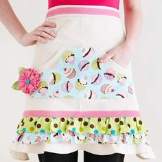 Dress up a plain canvas apron with bright fabric scraps in fun patterns. Stitch strips of fabric to the apron, layering the ruffles. Not a sewer? Use fabric glue instead. #FabricDiningRoomChairs Sewing Hacks, Sewing Crafts, Sewing Projects, Easy Projects, Quilting Projects, Fabric Glue, Fabric Scraps, Fabric Scissors, Buy Fabric