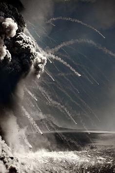 Lava bombs, Eyjafjallajökull eruption - by Fredrik Holm