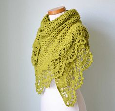 Pistachio crochet shawl: Berniolies Designs on Flickr