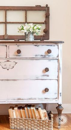 Quick and easy tips for adding farmhouse style to your home from the Mohawk Homescapes blog.