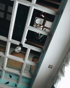 2017 год был таким же прекрасным как этот потолок. верю что и следущий будет не хуже  #vsco #Russia #moscow #instaart #architecture #archidaily #bloggerlife #canadalife #foodielife #foodpic #foodlover #designideas #homedesign #homedecor #homestyle #photographer
