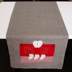 Items similar to Apples table runner in grey and red on Etsy Apple Table, Apple My, Diy Kitchen, Nice Things, Table Runners, Grey, Gray, American Cuisine