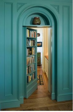 .Maybe this as the inside view of the Vardo door.