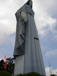 Monumento Virgen de La Paz- Trujillo