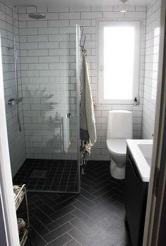 Image Result For Walk In Shower In 5x7 Bathroom Small Bathroom Remodel Designs Bathroom Design Small Bathroom Remodel Designs