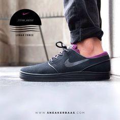 #nikelunar #stefanjanoski #lunar #tripleblack #sneakerbaas #baasbovenbaas  Nike Lunar Stefan Janoski ''triple black'' - A slick triple black edition of the wellknown Janoski-line.  Now online available | Priced 99,95 Euro! | Size 41 EU - 46 EU.