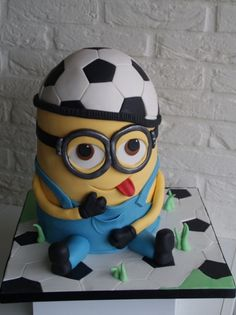 Minion Soccer Freak Cake