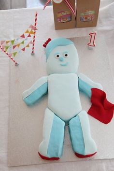 Iggle piggle cake for Liam's first birthday.  Photography by Anneke Hill