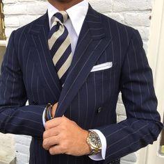 "Viola Milano ""Classic Stripe - Navy/White"" silk tie & handrolled ""Grey Border"" Linen/Cotton pocket square…"
