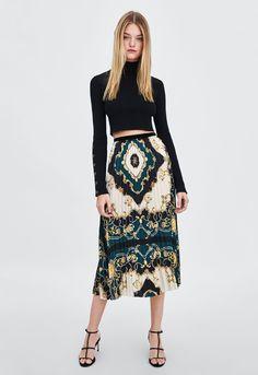 1c9fc190a 2370 mejores imágenes de faldas y vestidos en 2019 | Tendencias de ...
