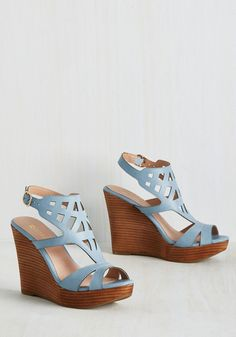 You Art to Know Wedge. As you greet your gallery tour guests in these sky blue heels by Restricted, the group sees theyre in good hands! #blue #modcloth