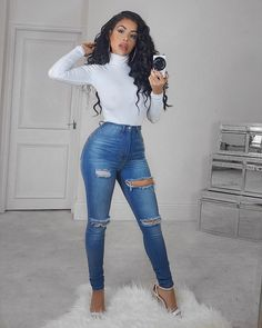 "865 Likes, 23 Comments - Chloe Saxon (@chloesaxon) on Instagram: ""No other jeans fit me like fashion Nova jeans  Outfit 