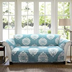 Shop for Lush Decor Floral Paisley Sofa Furniture Protector Slipcover. Get free delivery On EVERYTHING* Overstock - Your Online Home Decor Shop! Loveseat Covers, Loveseat Slipcovers, Furniture Slipcovers, Furniture Covers, Blue Loveseat, Sectional Sofas, Large Sectional, Fabric Sectional, Blue Furniture