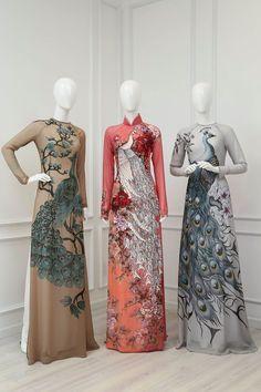 6 cái tên sở hữu những thiết kế tiên phong cho phong trào mặc áo dài đón Tết - Ảnh 31. Vietnamese Traditional Dress, Vietnamese Dress, Traditional Dresses, Hand Painted Dress, Painted Clothes, Diy Tattoo, Cheongsam Dress, Beste Tattoo, Custom Dresses