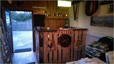 Bar for party room made of pallet wood party room bar pallet bar - Gardening - Schnaps Diy Bar, Pallet Bar, Basement Bedrooms, Bar Lounge, Beach Bars, Wood Bars, Wood Pallets, Pallet Wood, My Room