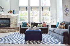 Local Client Project Reveal: Bright and Modern Family Room - Sita Montgomery Interiors Living Room Designs, Living Spaces, Living Rooms, Home And Living, Home And Family, Cute Living Room, Modern Family Rooms, Living Room Inspiration, Decoration