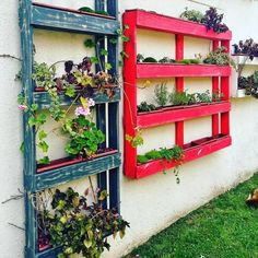 Pallet Vertical Planters for Garden Wall - Repurposed Pallet Ideas & Wooden Pallet Projects