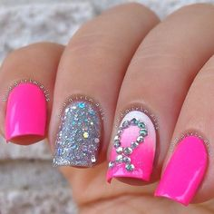 20 Pink Nail Art Designs You'll Want To Copy Immediately Fabulous Nails, Gorgeous Nails, Pretty Nails, Pink Nail Art, Cute Nail Art, Get Nails, Fancy Nails, Sparkly Nails, Glitter Nails