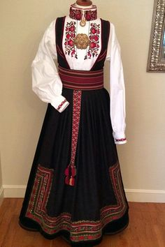 Rusalka, Fantasy Costumes, Traditional Clothes, Folk Costume, Folklore, Well Dressed, Norway, Scandinavian, Suits