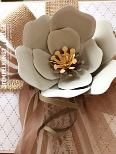 Blüte mit Blumen Bouqet Stanze von SU