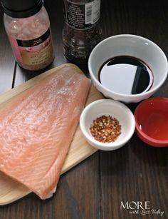 Honey Balsamic Pan Seared Salmon Honey Glazed Salmon Recipe, Honey Salmon, Butter Salmon, Seared Salmon Recipes, Pan Seared Salmon, Baked Salmon, Grilled Salmon, Salmon Dishes, Seafood Dishes